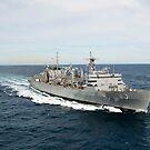Das militärische Sealift Command schnelles Kampfunterstützungsschiff USNS Supply. von StocktrekImages