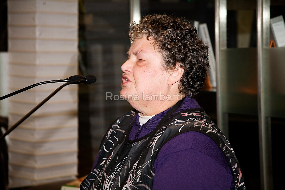 10thMay2008,Poetry@FedSquare, by Rosina lamberti