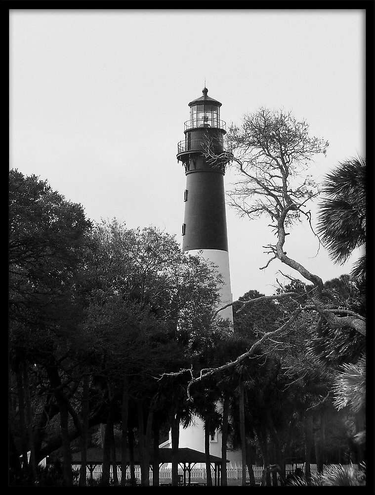 Hunting Island Lighthouse by YoUnroe