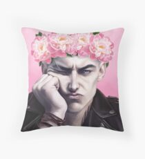 Flower crown Ronan Throw Pillow