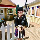 Carved Scottish Piper by Shulie1