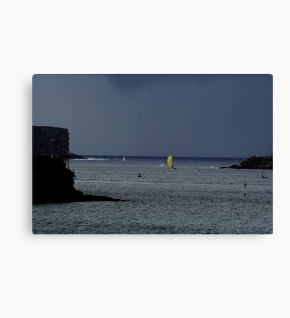 Storm's Coming! Canvas Print