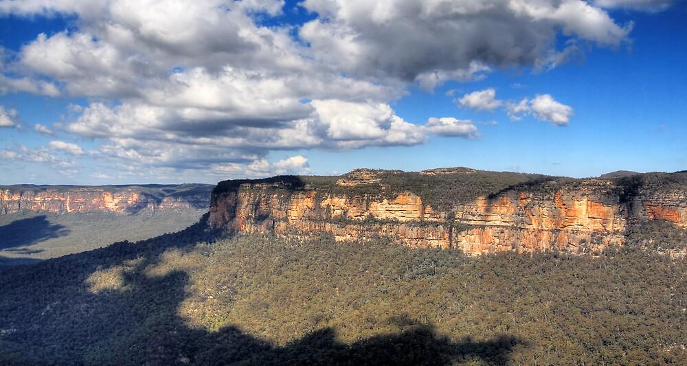 Grose Valley - Toward Blackheath, NSW by Darren Post