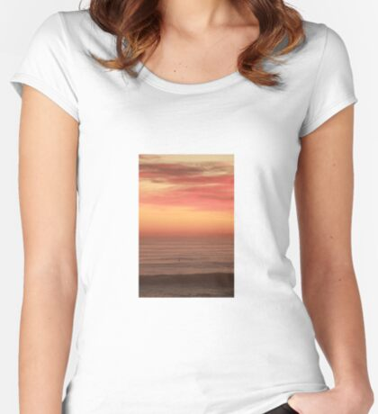 Surfers Paradise  Women's Fitted Scoop T-Shirt
