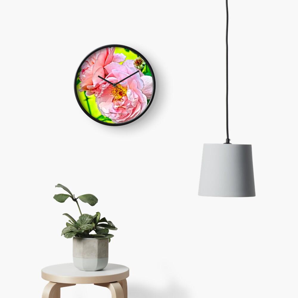 Pretty in pink Clock