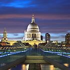St.Pauls Cathedral with Millenium bridge by Delfino