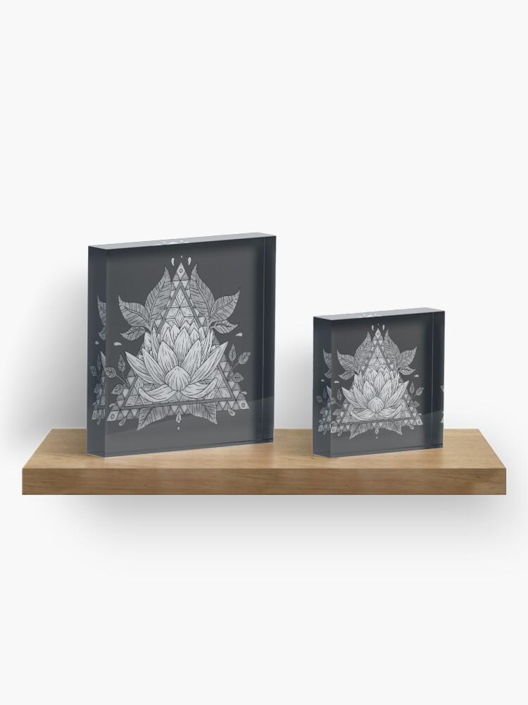 Vista alternativa de Bloque acrílico Diseño geométrico de flor de loto gris