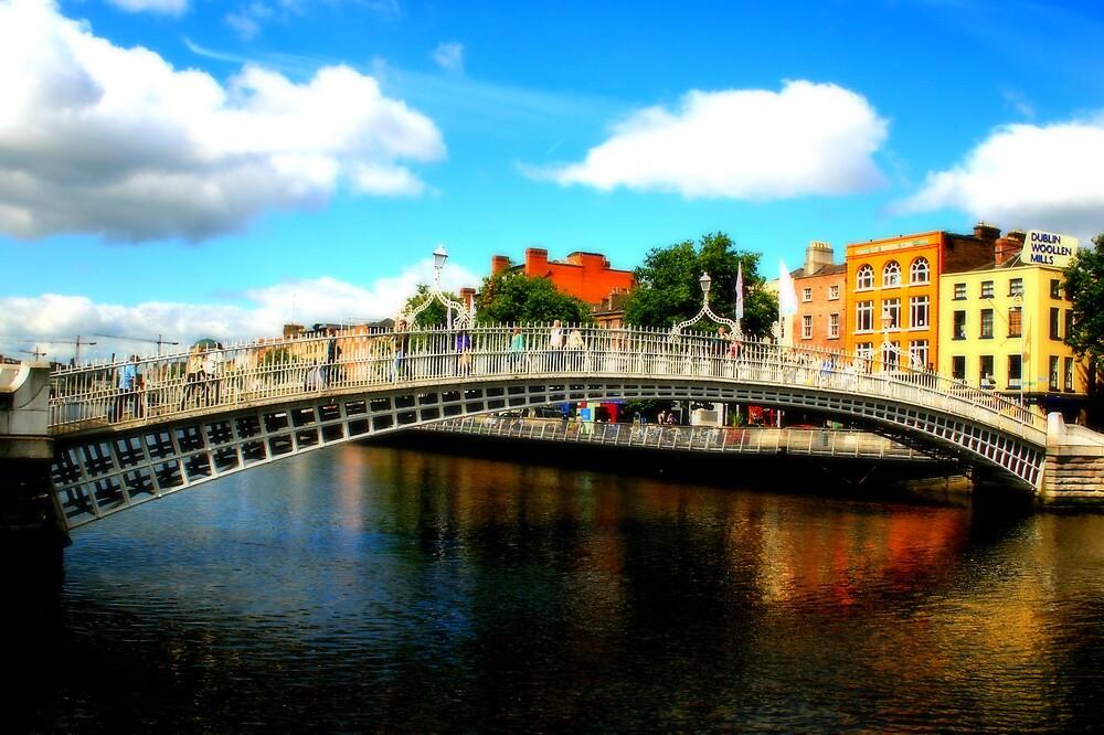 Ha'penny Bridge, Dublin Ireland by SarahMc