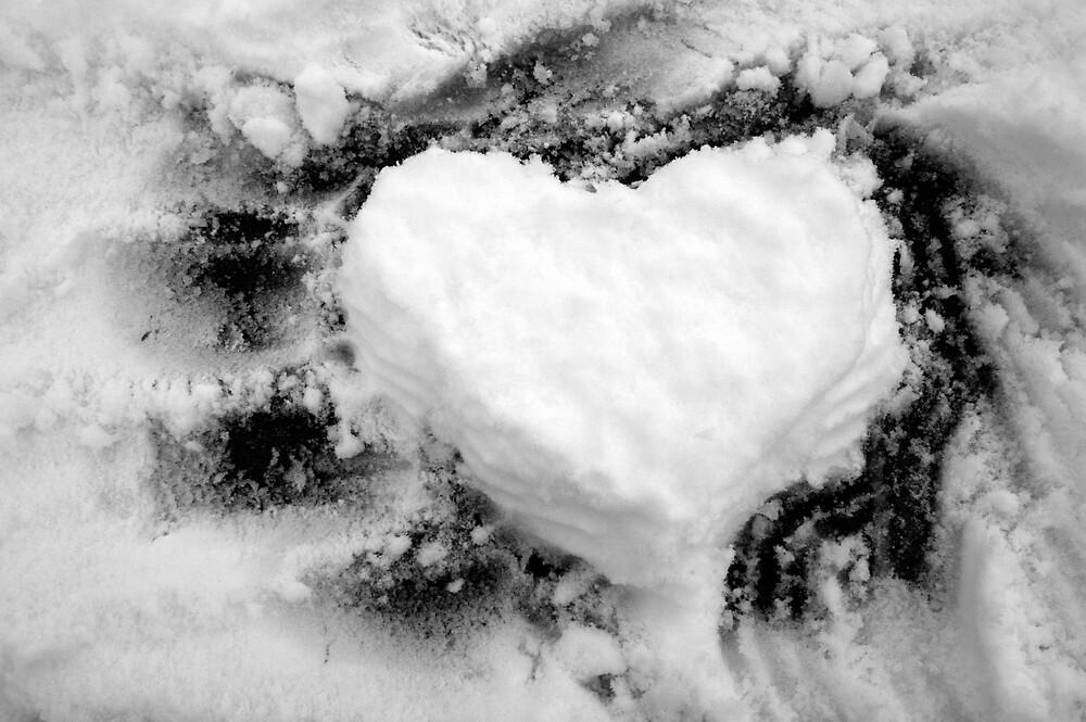 I heart snow by SarahMc