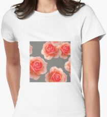 Blushing Roses Pattern Women's Fitted T-Shirt