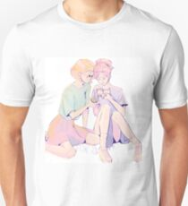 Girls and a kitty T-Shirt