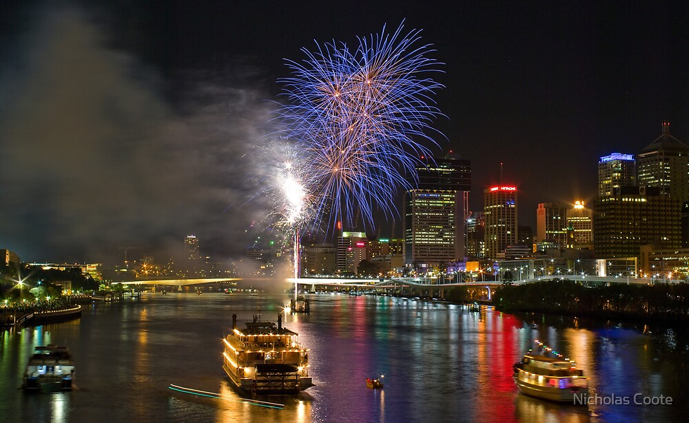 Southbank Fireworks by Nicholas Coote