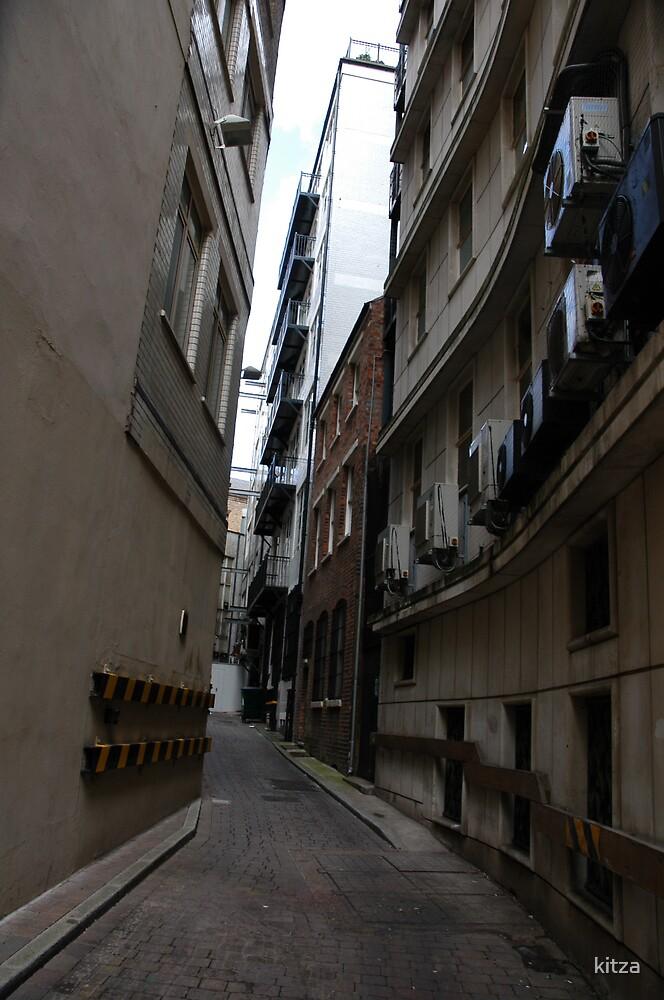 Back streets of Birmingham by kitza