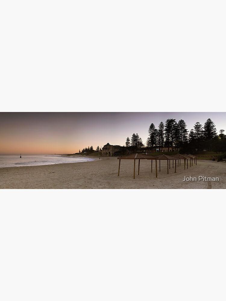 Cottesloe Beach by johnjrp