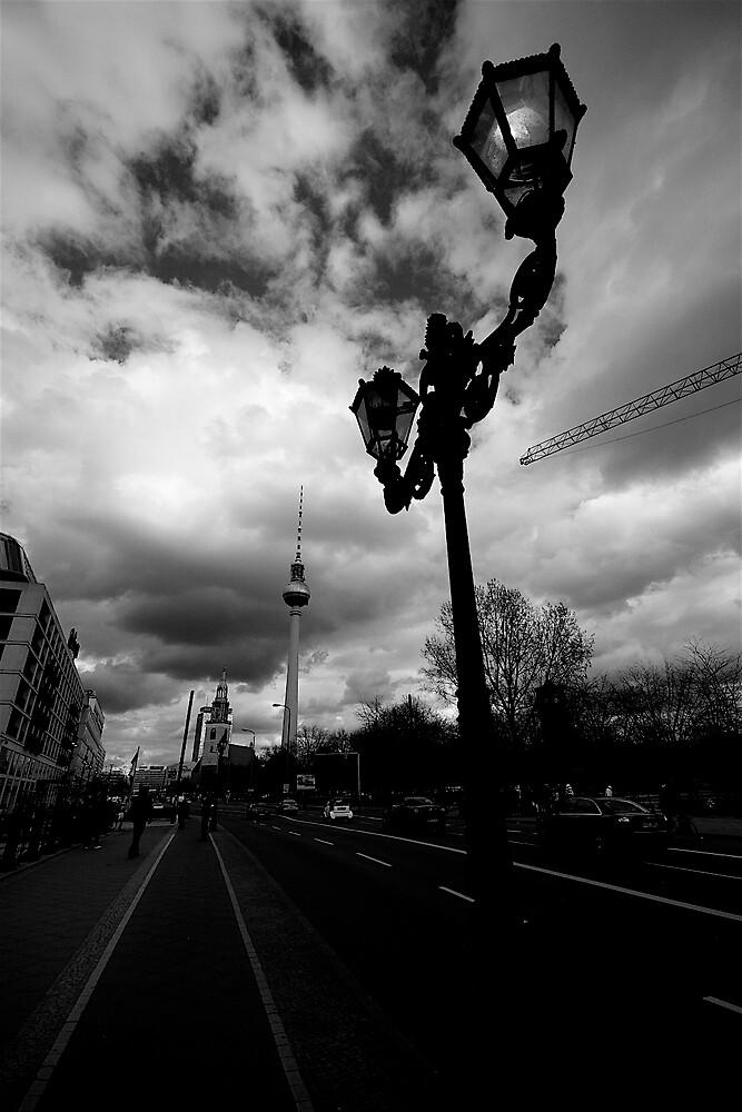 Fernsehe Turm, Berlin by worthy87