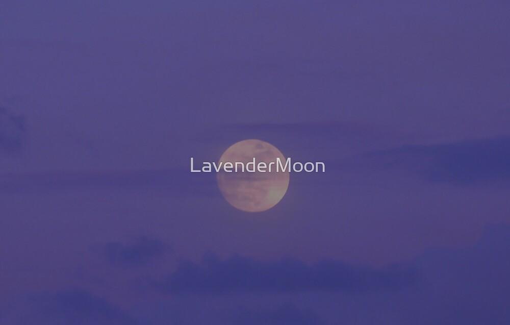Bunnie Dusk Moon by LavenderMoon