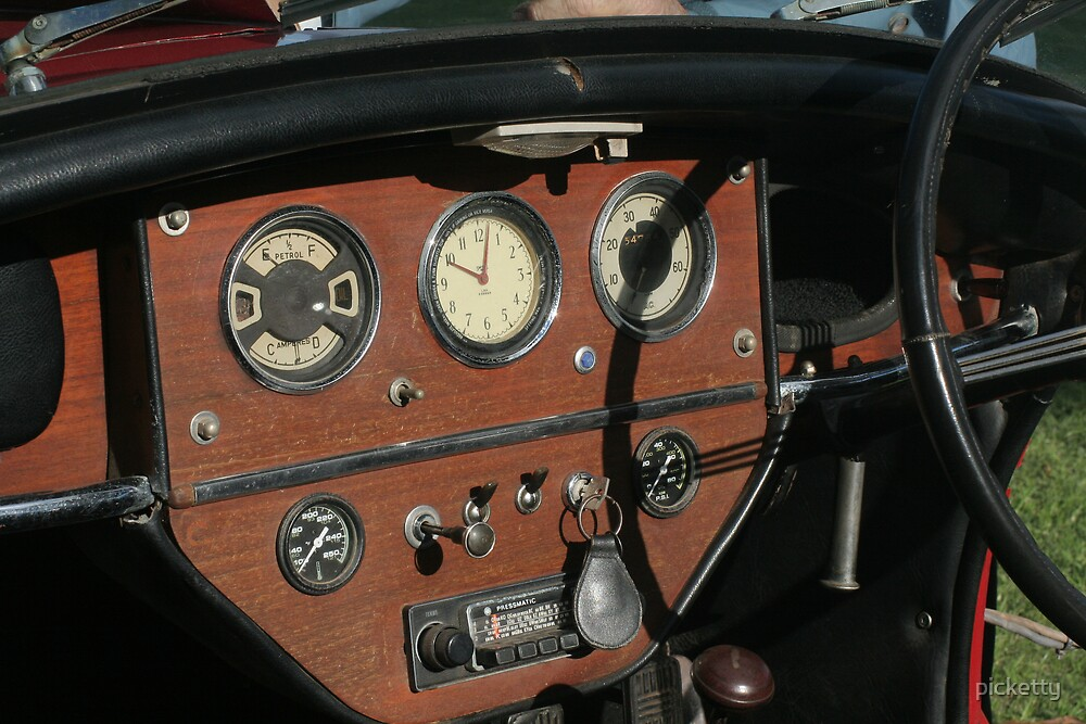 Vauxhall Dash by picketty