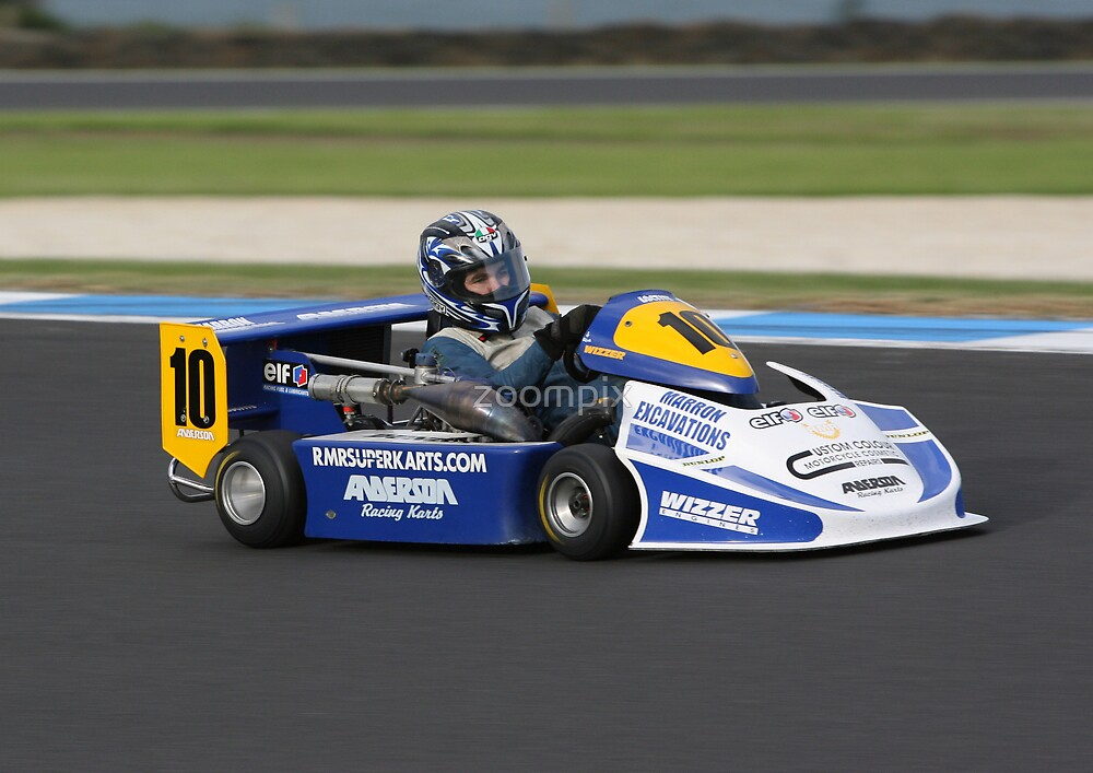 Superkart at turn one by zoompix