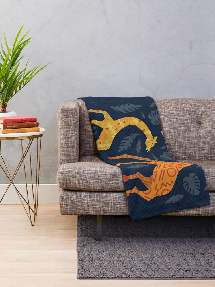 Alternative Ansicht von Tanzende Giraffen mit Mustern Fleecedecke
