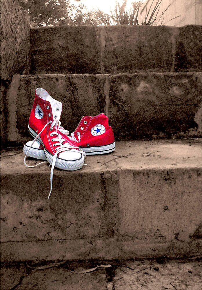 red converse by yellowcar9