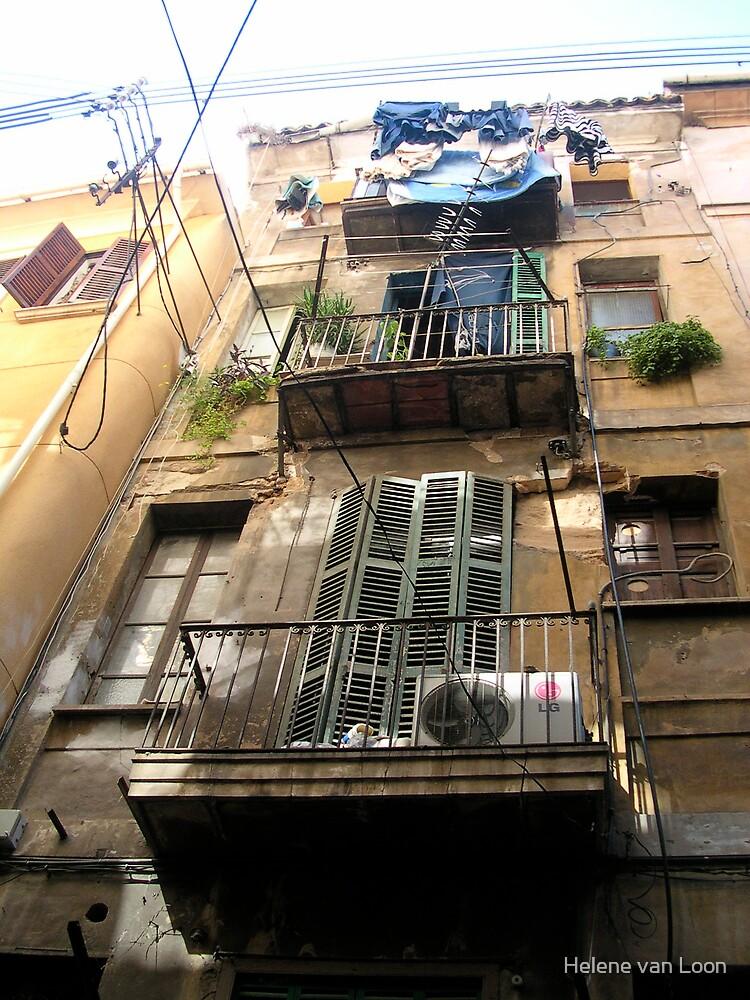 Barcelonian balcony by Helene van Loon