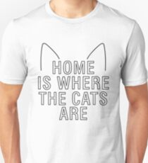 home is where the cats are - with ears Unisex T-Shirt