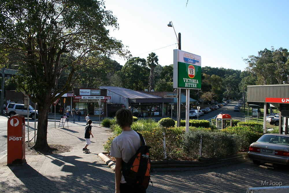 Oyster Bay, southern Sydney, NSW Australia. Busy place, this weekend. by MrJoop
