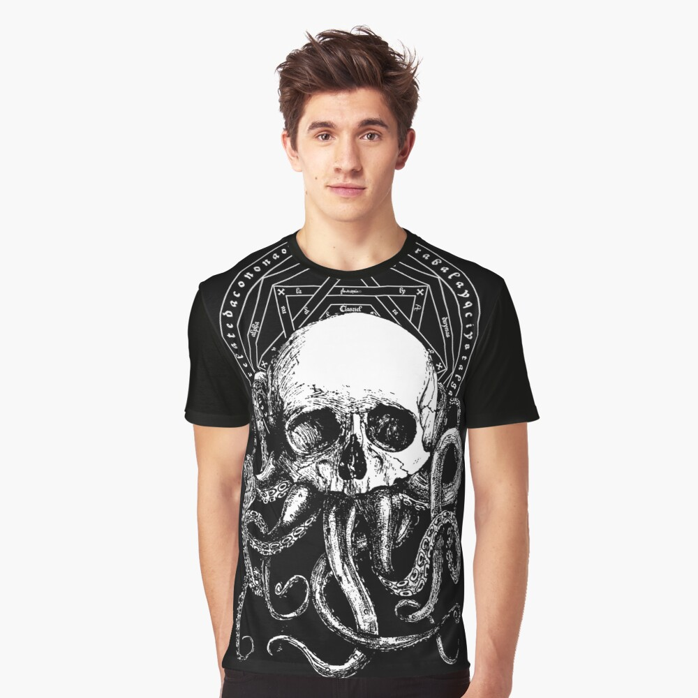 Pieces of Cthulhu  Graphic T-Shirt