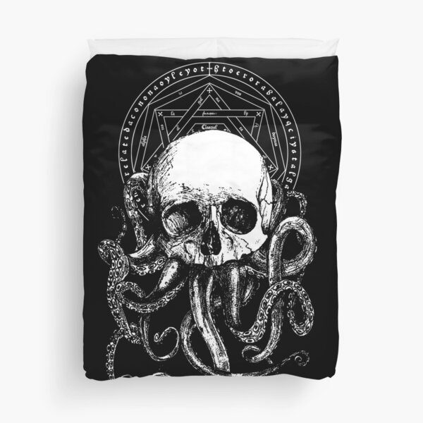 Pieces of Cthulhu  Duvet Cover