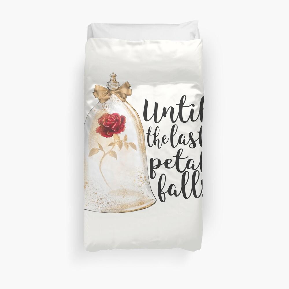 Until the last petal falls Duvet Cover