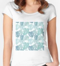 Seamless pattern with tropical monstera leaves Women's Fitted Scoop T-Shirt