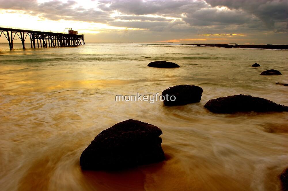 Catherine Hill Bay by monkeyfoto