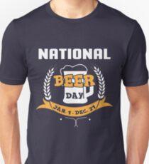 National Beer Day Jan 1 Dec 31 T-Shirt, Funny Beer Shirt Unisex T-Shirt