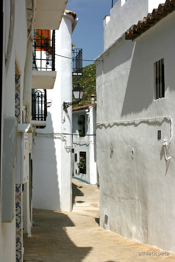 Spanish streets by athleticpete