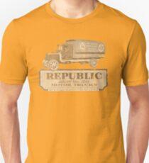 Vintage Advertisement for Republic Motor Trucks - weathered look T-Shirt