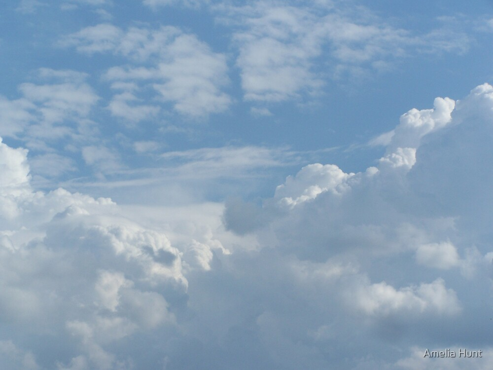Cloud Valley by Amelia Hunt