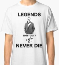 CHESTER RIP TRIBUTE LEGENDS NEVER DIE Classic T-Shirt