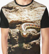I seeeeeee you Graphic T-Shirt