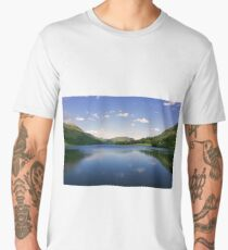Sky reflection in lake Men's Premium T-Shirt