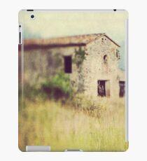 Cottage at Gordes {Lensbaby} iPad Case/Skin