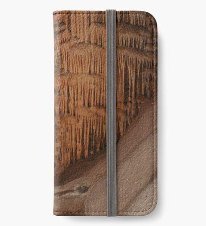 Wombyan Höhlen iPhone Flip-Case