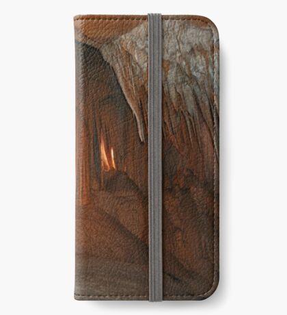 Wombyan Höhlen # 2 iPhone Flip-Case