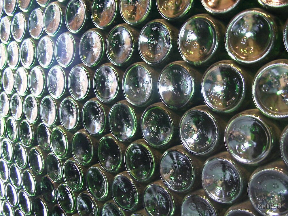 Hundred bottles of beer on the wall by KellyGirl