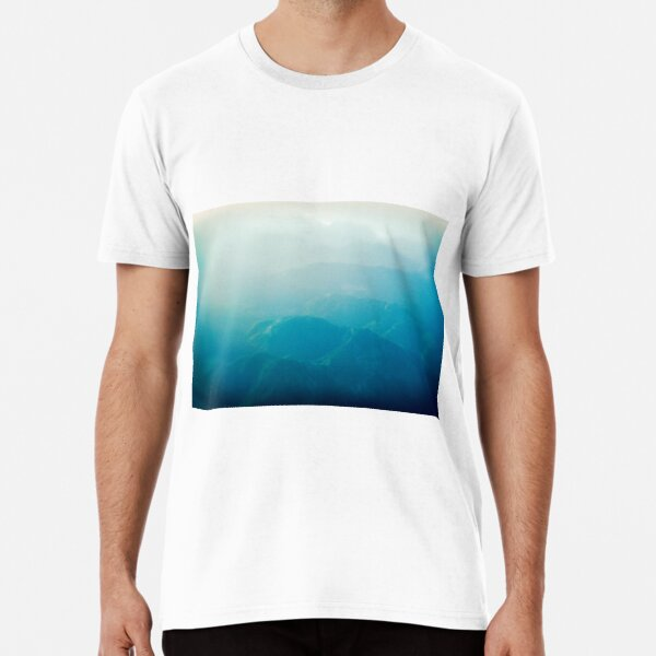 Coming in to land Premium T-Shirt