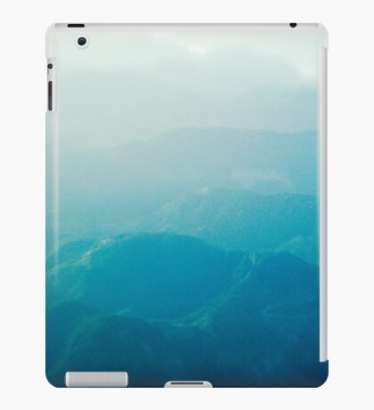 Coming in to land iPad Case/Skin