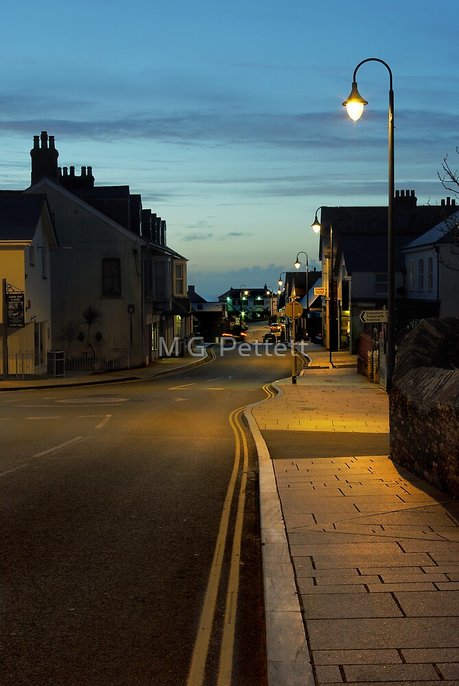 Fore Street, Tintagel by M G  Pettett
