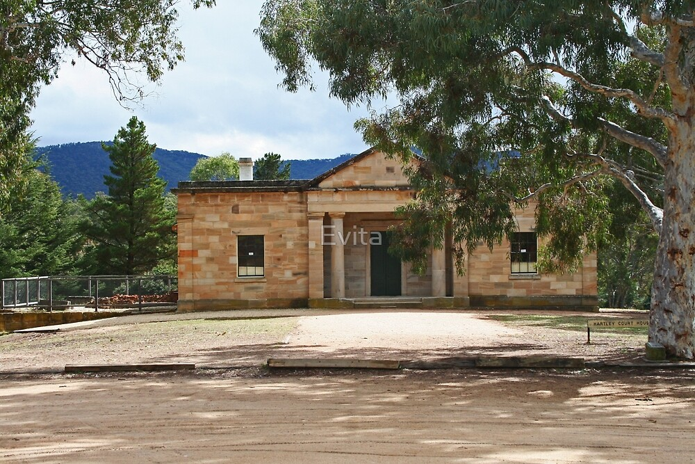 Hartley Court House by Evita
