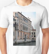 Venetian building near the water with typical decorative elements  T-Shirt
