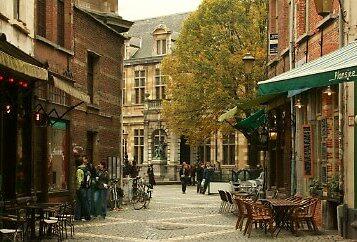 Antwerp Street by longaray2