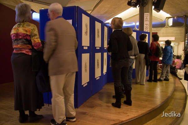 Lola Perrin Exhibition in London by Jedika